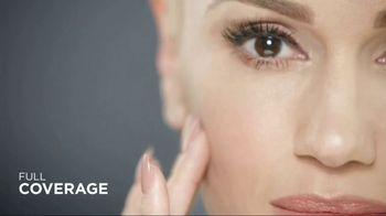 Revlon Youth FX TV Spot, 'Camera Time' Featuring Gwen Stefani - Thumbnail 6