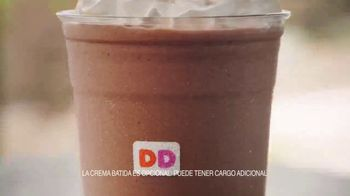 Dunkin' Donuts TV Spot, 'El verano del café' [Spanish] - Thumbnail 7