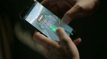 T-Mobile TV Spot, 'Direcciones' con J Balvin [Spanish] - Thumbnail 3
