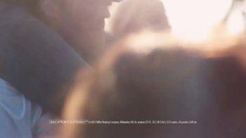 Miller Lite TV Spot, 'Hold True' Song by Barns Courtney - Thumbnail 4