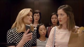 Realtor.com TV Spot, 'Elevator & The Not-Yous' Featuring Elizabeth Banks - Thumbnail 4