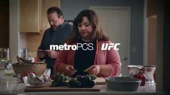 MetroPCS TV Spot, 'UFC: Walkout' Featuring Daniel Cormier - Thumbnail 1