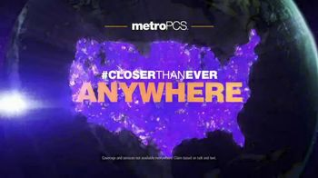 MetroPCS TV Spot, 'UFC: Walkout' Featuring Daniel Cormier - Thumbnail 9