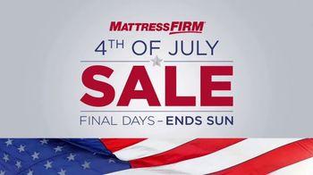 Mattress Firm 4th of July Sale TV Spot, 'Hampton & Rhode Queen Sets' - Thumbnail 1