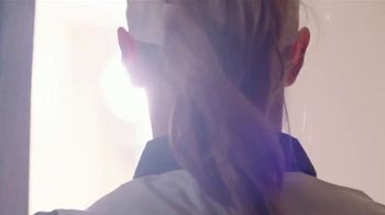 Aberdeen Asset Management TV Spot, 'Right Beside You' Featuring Kylie Henry - Thumbnail 3