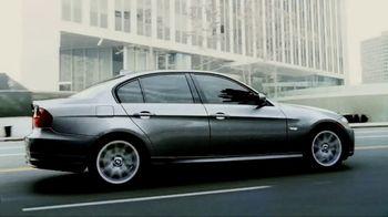 2017 BMW 320i xDRIVE Sedan TV Spot, '40 Years' [T2] - Thumbnail 2
