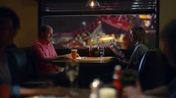 Applebee's Topped & Loaded TV Spot, 'An American Favorite' - Thumbnail 7