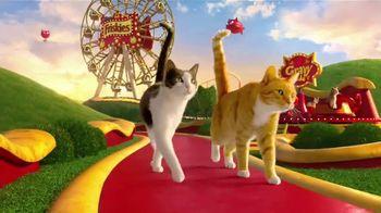 Friskies Extra Gravy Chunky TV Spot, 'Purradise' - 5405 commercial airings