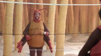 GEICO TV Spot, 'Fleas Playing Badminton' - Thumbnail 5