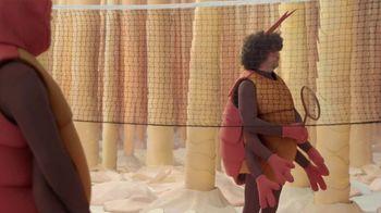 GEICO TV Spot, 'Fleas Playing Badminton' - Thumbnail 9