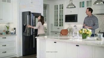 Lowe's TV Spot, 'The Moment: Grocery List' - Thumbnail 5