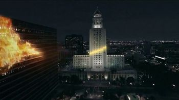 Universal Studios Hollywood TV Spot, 'Nighttime Lights at Hogwarts Castle' - Thumbnail 3