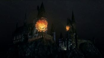 Universal Studios Hollywood TV Spot, 'Nighttime Lights at Hogwarts Castle' - Thumbnail 6