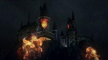 Universal Studios Hollywood TV Spot, 'Nighttime Lights at Hogwarts Castle'