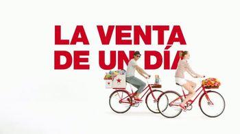 Macy's La Venta de un Día TV Spot, 'Ropa y joyas' [Spanish] - Thumbnail 2