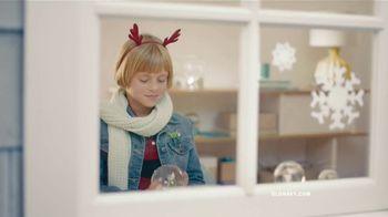 Old Navy TV Spot, 'El invierno de Old Navy es un paraíso' [Spanish] - 15 commercial airings