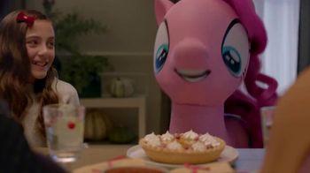 Target TV Spot, 'Las fiestas de 2017: Thanksgiving' [Spanish] - Thumbnail 6