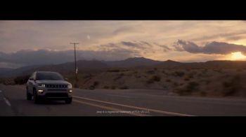 Jeep Compass TV Spot, 'VIP Suite' [T1] - Thumbnail 10