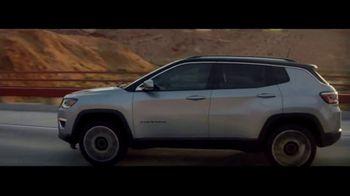 Jeep Compass TV Spot, 'VIP Suite' [T1] - Thumbnail 4