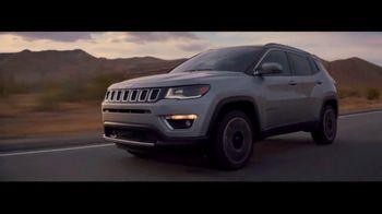 Jeep Compass TV Spot, 'VIP Suite' [T1] - Thumbnail 6