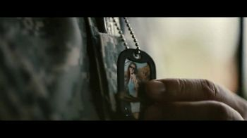 Jeep TV Spot, 'USO: Our Freedom Waves On' Song by Johnny Cash [T1] - Thumbnail 5