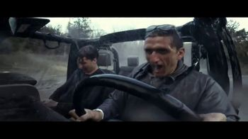 Jeep TV Spot, 'USO: Our Freedom Waves On' Song by Johnny Cash [T1] - Thumbnail 6