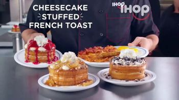 IHOP Cheesecake Stuffed French Toast TV Spot, 'Gift Guide'