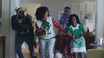 TJX Companies TV Spot, 'Deck the Halls'