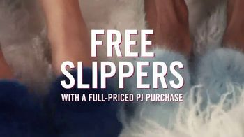 Victoria's Secret Pajama Set TV Spot, 'Free Slippers' - Thumbnail 7