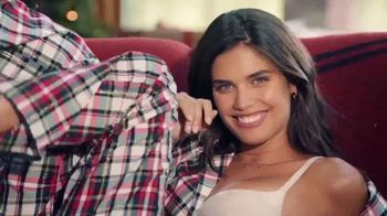 Victoria's Secret Pajama Set TV Spot, 'Free Slippers' - Thumbnail 8