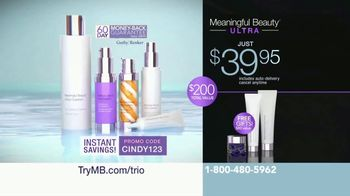 Meaningful Beauty Ultra TV Spot, 'Collaboration' Featuring Cindy Crawford - Thumbnail 9