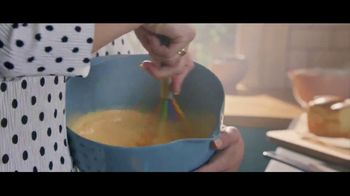 Baileys Irish Cream TV Spot, 'A La French Toast' - Thumbnail 3