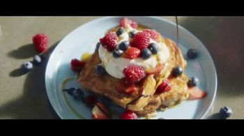 Baileys Irish Cream TV Spot, 'A La French Toast' - Thumbnail 5