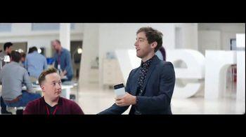 Verizon TV Spot, 'Google Pixel 2: 50% Off' Feat. Thomas Middleditch - 2798 commercial airings