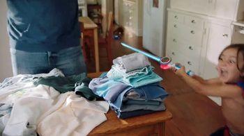 On-Cor Frozen Foods Gravy & 6 Salisbury Steaks TV Spot, 'Laundry Day' - Thumbnail 4