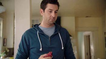 On-Cor Frozen Foods Gravy & 6 Salisbury Steaks TV Spot, 'Laundry Day' - Thumbnail 5
