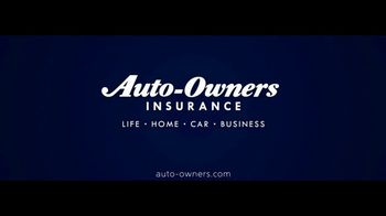 Auto-Owners Insurance TV Spot, 'Two Homes' - Thumbnail 10