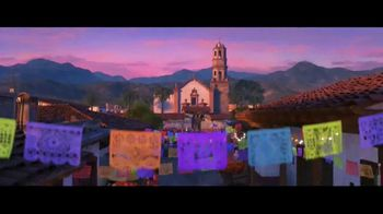 Airbnb TV Spot, 'A Magical Journey: Coco' - Thumbnail 4