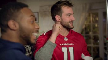 Papa John's Pan Pizza TV Spot, 'Delivery for the Game' - Thumbnail 4