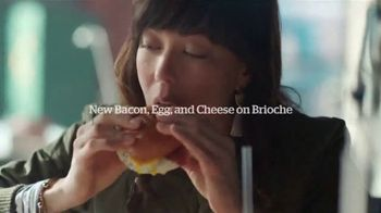 Panera Bread Bacon, Egg and Cheese on Brioche TV Spot, 'Microwaved' - Thumbnail 8