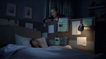 Vicks ZzzQuil TV Spot, 'Quédate dormido rápido' [Spanish] - Thumbnail 3