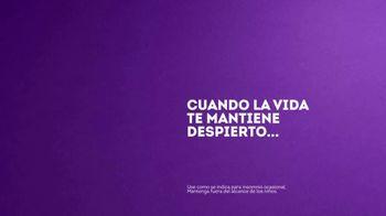 Vicks ZzzQuil TV Spot, 'Quédate dormido rápido' [Spanish] - Thumbnail 6