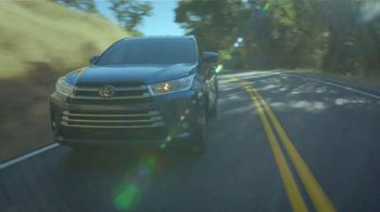 2017 Toyota Highlander TV Spot, 'Can't Put a Price on Safety' [T1] - Thumbnail 1