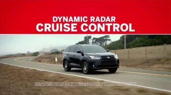 2017 Toyota Highlander TV Spot, 'Can't Put a Price on Safety' [T1] - Thumbnail 3