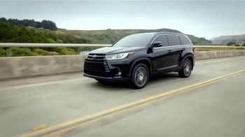 2017 Toyota Highlander TV Spot, 'Can't Put a Price on Safety' [T1] - Thumbnail 8