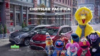 Chrysler Black Friday Sales Event TV Spot, 'Sesame Street: Smart Cookie' [T2]