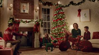 KFC $5 Fill Ups TV Spot, 'Gifts' Featuring Norm Macdonald - Thumbnail 1