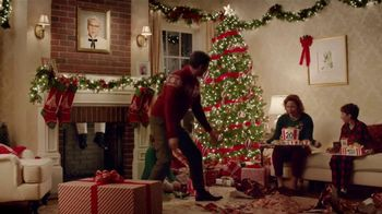 KFC $5 Fill Ups TV Spot, 'Gifts' Featuring Norm Macdonald - Thumbnail 8
