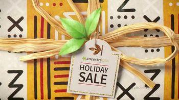 AncestryDNA Holiday Sale TV Spot, 'Happy Holidays From AncestryDNA!'