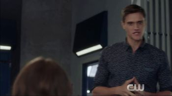 Microsoft Surface TV Spot, 'The Flash: Good Impression' Ft. Hartley Sawyer - Thumbnail 4